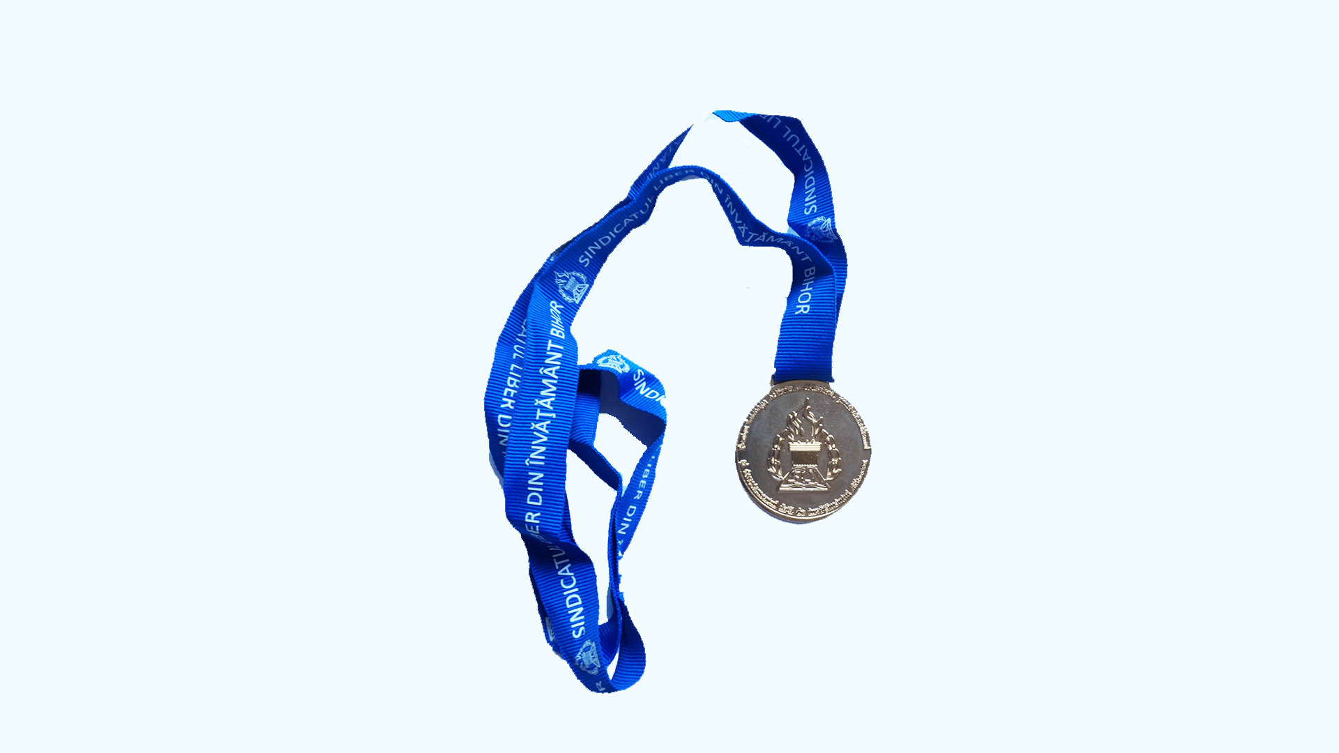 silver medal with blue band