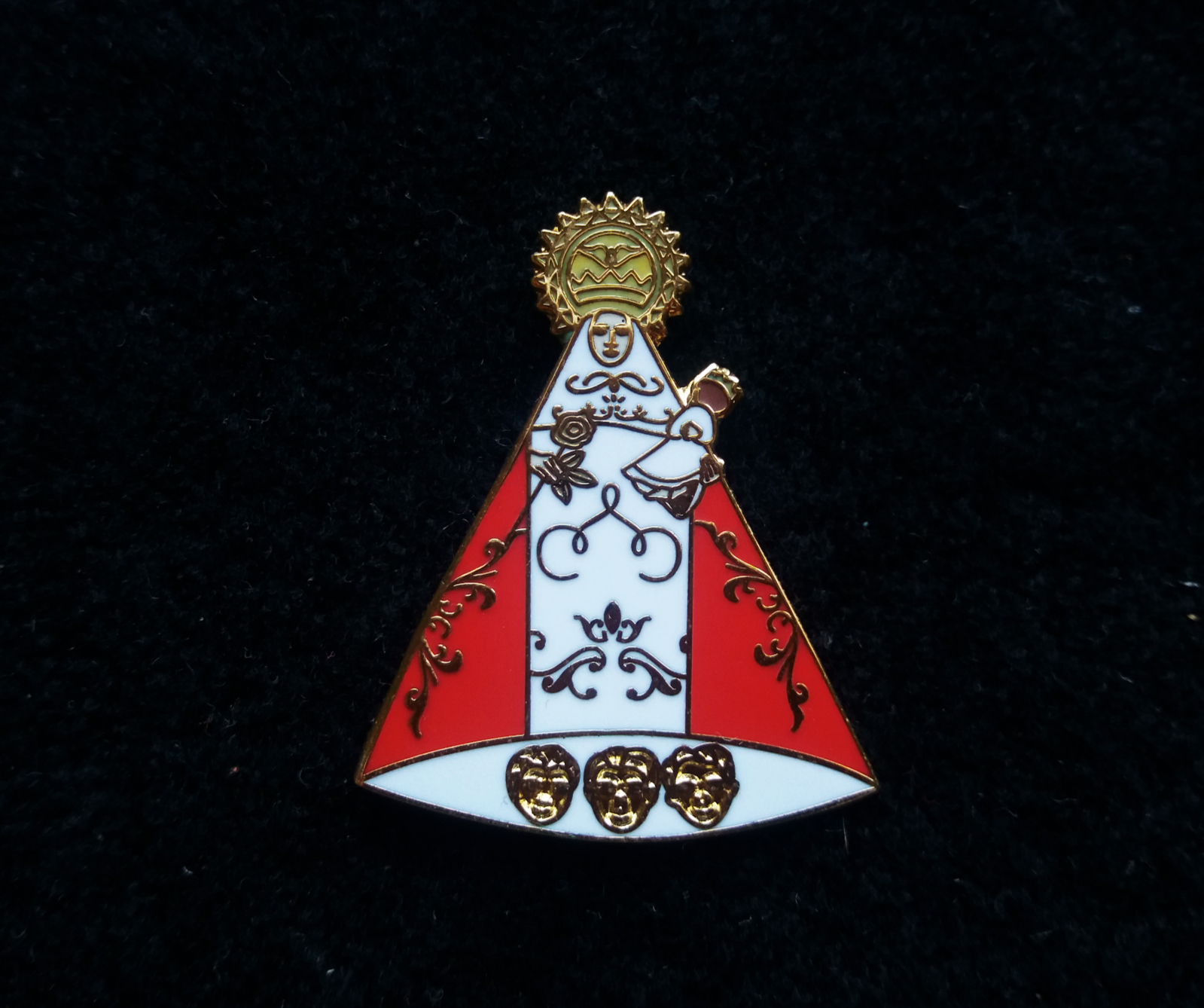 covadonga virgin pin